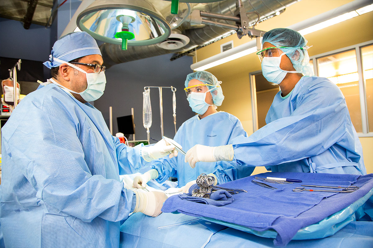 Accelerated Alternate Delivery Program in Surgical Technology Training in Los Angeles, West Covina, Pasadena, Pomona, Long Beach, Glendale, Riverside, Santa Ana