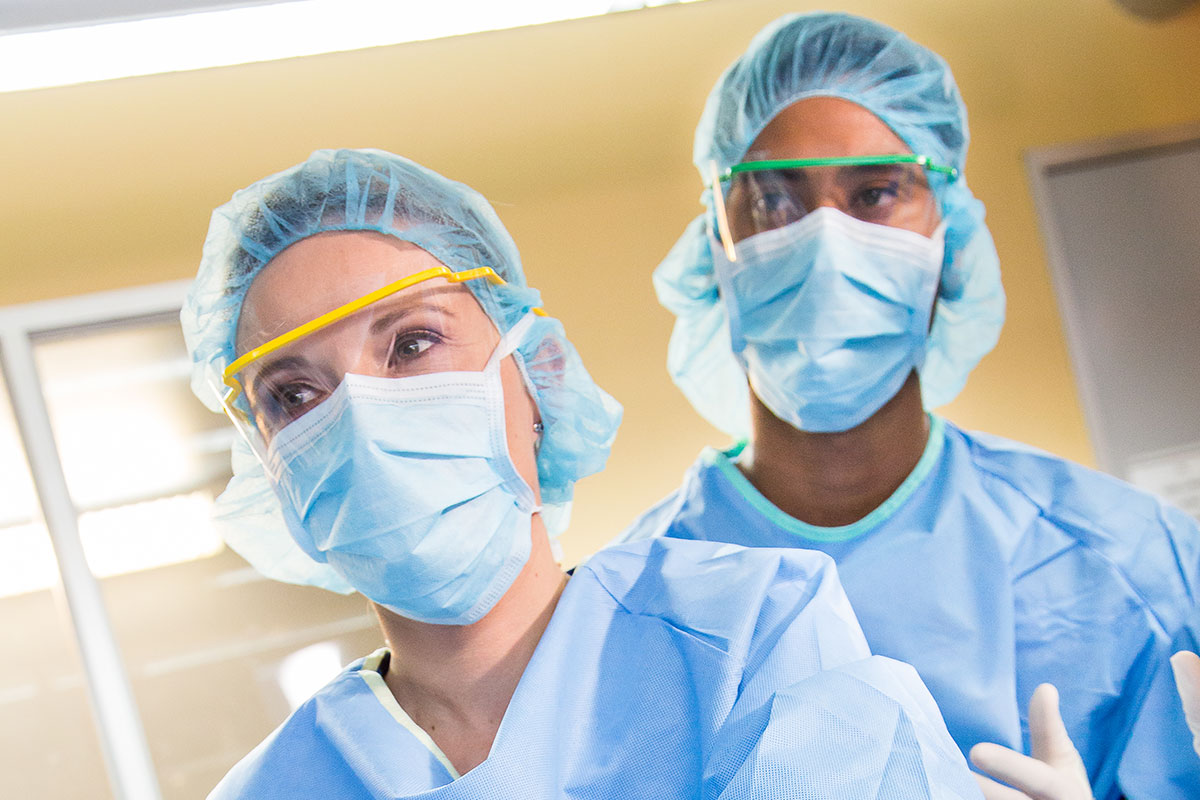 Surgical Technologist Training in Los Angeles, West Covina, Pasadena, Pomona, Long Beach, Glendale, Riverside, Santa Ana